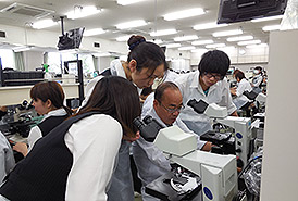 県立医大微生物学実習の案内